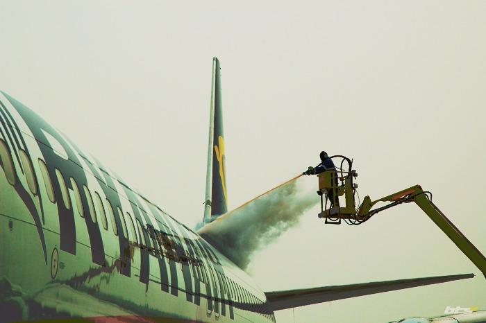 Zimná údržba na Letisku Bratislava