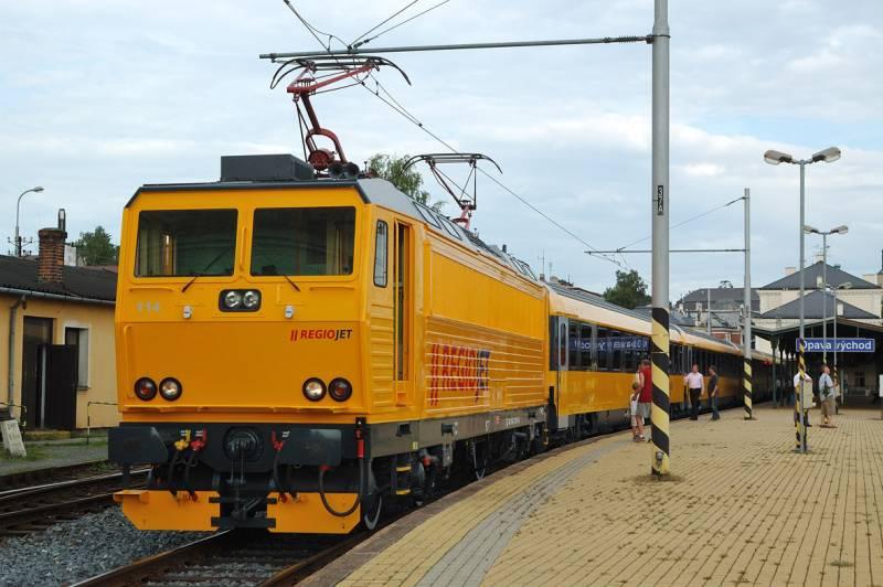 regiojet-vlak-kosice-bratislava-lokomotiva