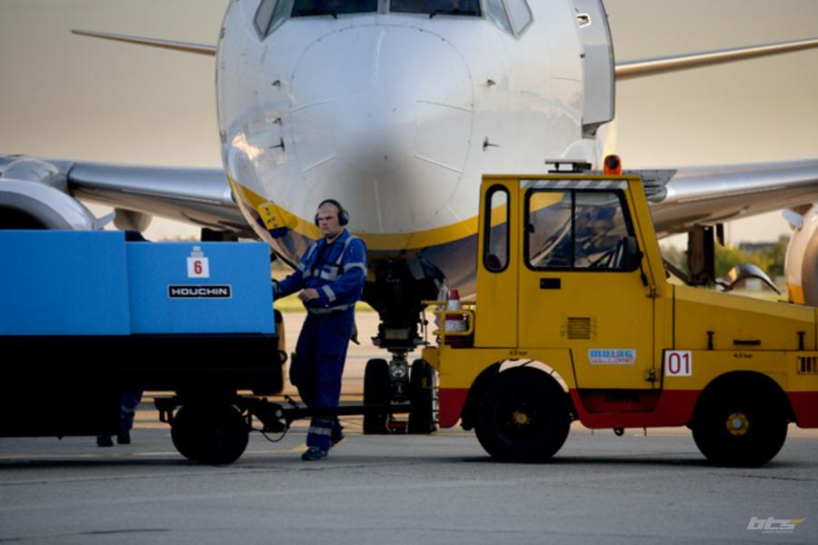 letisko-bratislava-dod-pozemny-personal