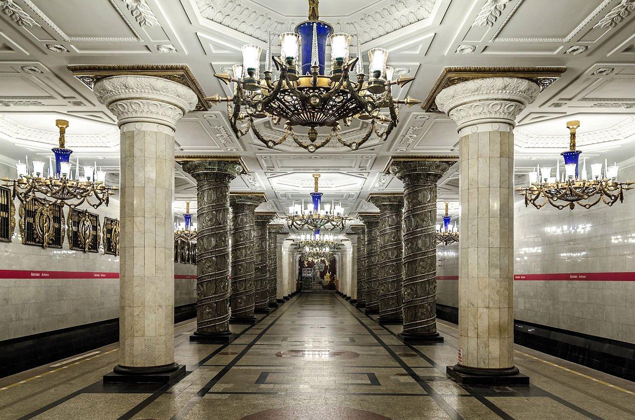 metro-petrohrad-rusko
